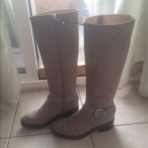 Zara grey boots. Size 6 but more like 5.5. UK36